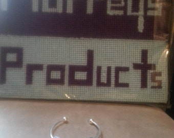 bangle with glass beads
