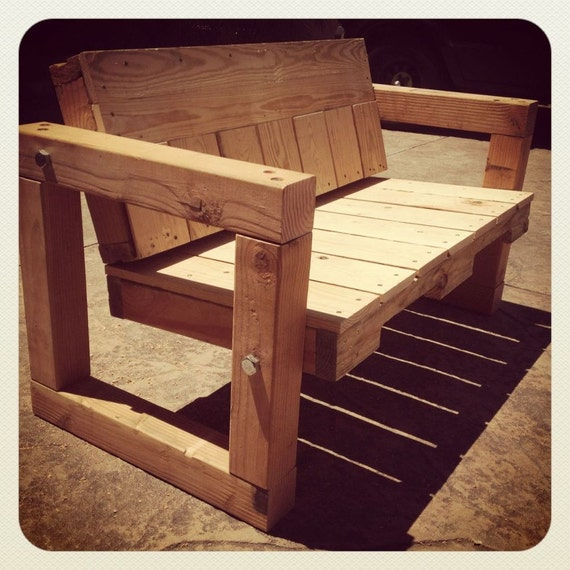 Pallet Kitchen Chairs: Items Similar To Pallet Bench