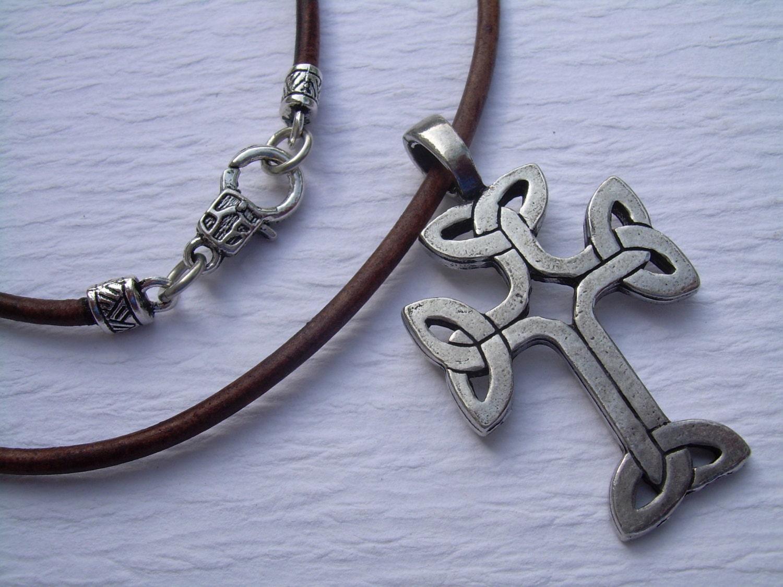 celtic cross necklace leather necklace pendant cross. Black Bedroom Furniture Sets. Home Design Ideas