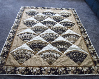 Black and Tan Fan Lap Quilt