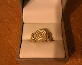 Vintage Sterling Silver Ring - Circles and Swirls  (Mexico)