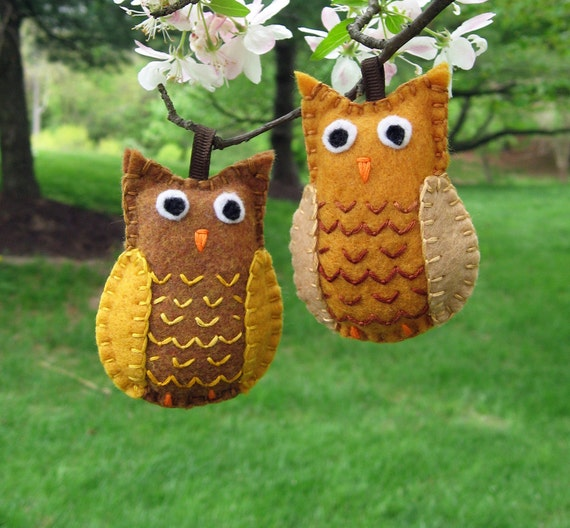Hoot Owl embroidered felt Christmas tree ornaments in ochre brown (set of 2 birds)