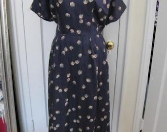 Impressive Vintage Silk Wiggle Dress