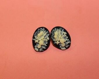 Small Black Wildflower Cameo Earrings