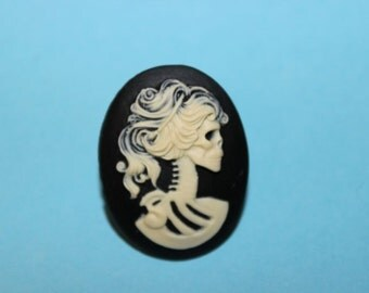 Large Skull Lady Cameo Ring