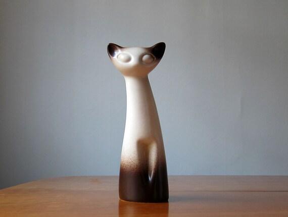 Howard Pierce cat sculpture