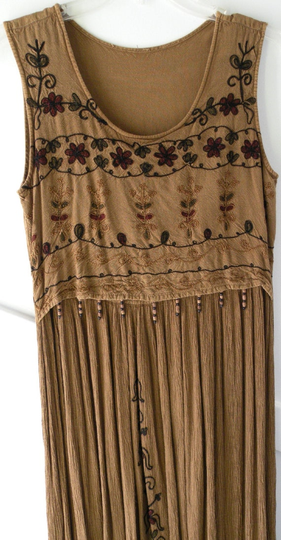Dress: vintage long brown tribal women's dress from India, casual cotton sleeveless summer sundress hippie beaded size Small S XS i300