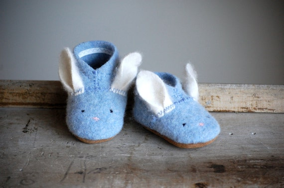 Bunny Shoes for Baby, Wooly Baby Thumpers, Easter Shoes, size 6-18 months, Blue