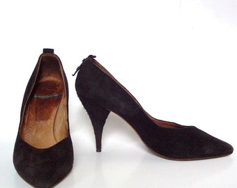 Vintage 80s Kenneth Cole Black Suede Court Shoes Stiletto High Heels Pumps 7.5 or 8  1980s