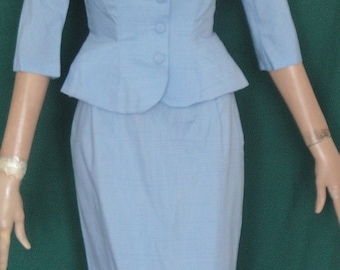 Lovely Vintage Light Blue Shantung Fit & Flare Suit Size 7 B34 Straight Skirt ON SALE
