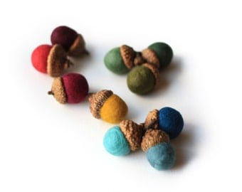 Felted Acorns - set of 10 in colors