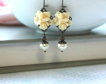 An Ivory Star Flower Bouquet Bloom Ivory Pearl Antiqued Brass Dangle Earrings. Fall. Autumn. Bridesmaid Wedding Gift. Bridal Earrings.