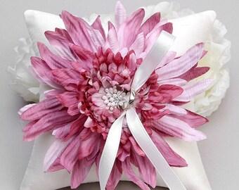 Pink ring pillow, flower ring bearer pillow, ring holder - Evelyn
