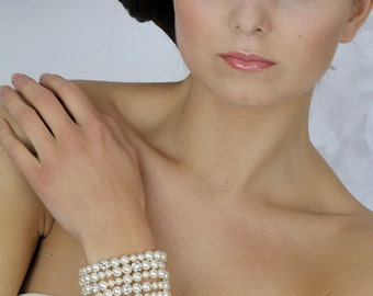 Swarovski Pearl bracelet,  Wedding Swarovski bracelet, Wedding pearl crystal bracelet, bridal jewelry  -Style 406