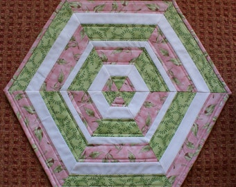 Pink and Green Spring Table Topper