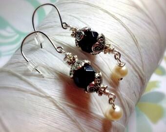 Ghostly Victorian - black onyx earrings / victorian earrings / onyx earrings / dangle earrings / black earrings / black drop earrings