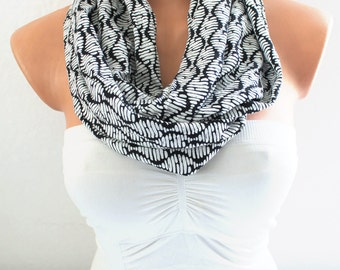 Infinity Scarf Loop Scarf Circle Scarf Cowl Scarf Black and White