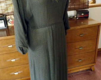 Vintage 70s-80s Slate Fringed Light Sweater Dolman sleeve boho Maxi Dress M-L