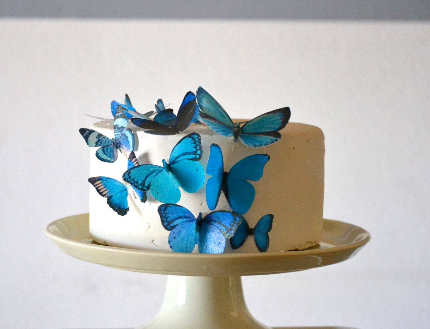 Wedding Cake Topper Edible Butterflies Assorted Blue set of