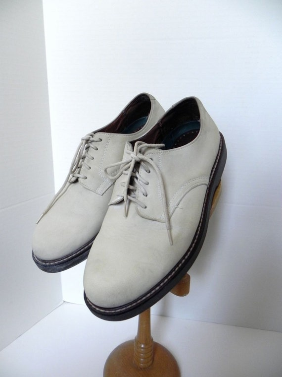 classic rock and roll 50s vintage white buck shoes with