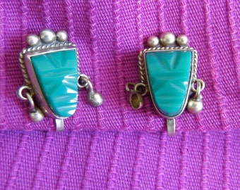 Vintage 1950, Silver and Green Stone earrings.  925 Sterling, Mexico.  Screw back. Mexican UF.
