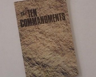 1968, ten commandments booklet, legalize pot, peace rally, sixties, free love, ambassador college, bible, roderick c meredith, hippies