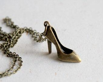 High Heel Shoe Necklace (N327)