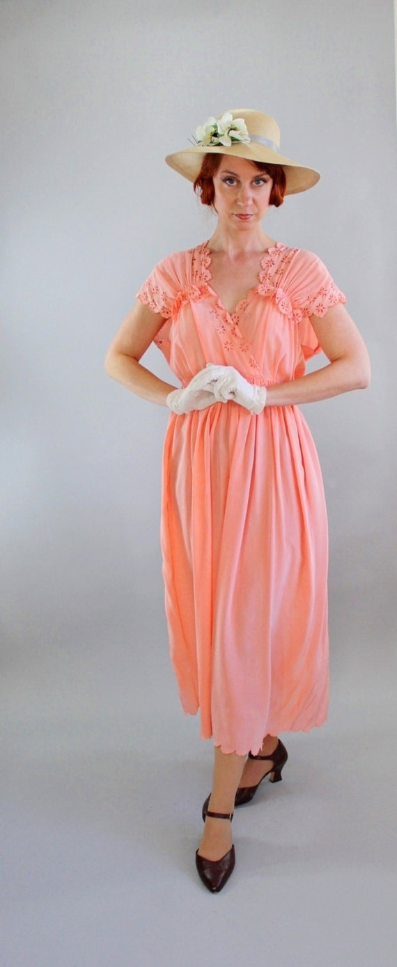RESERVED for Amy Joe- 1930s Peach Day Dress. Downton Abbey.  Depression Era. Weddings. Great Gatsby. Boho. Spring Fashion.  Size Large