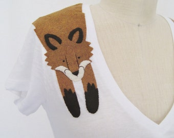 Wrapped Fox T-shirt in White by Dandyrions