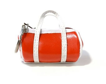 Red Vintage 1970s Novelty Duffel Bag Coin Purse Key Chain