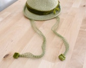 Vintage 60s Moss Green Brimmed Textured Hat Velvet Bow Net Tie - VintageEdition