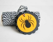 ON SALE 6 Halloween spider TAGS  A687