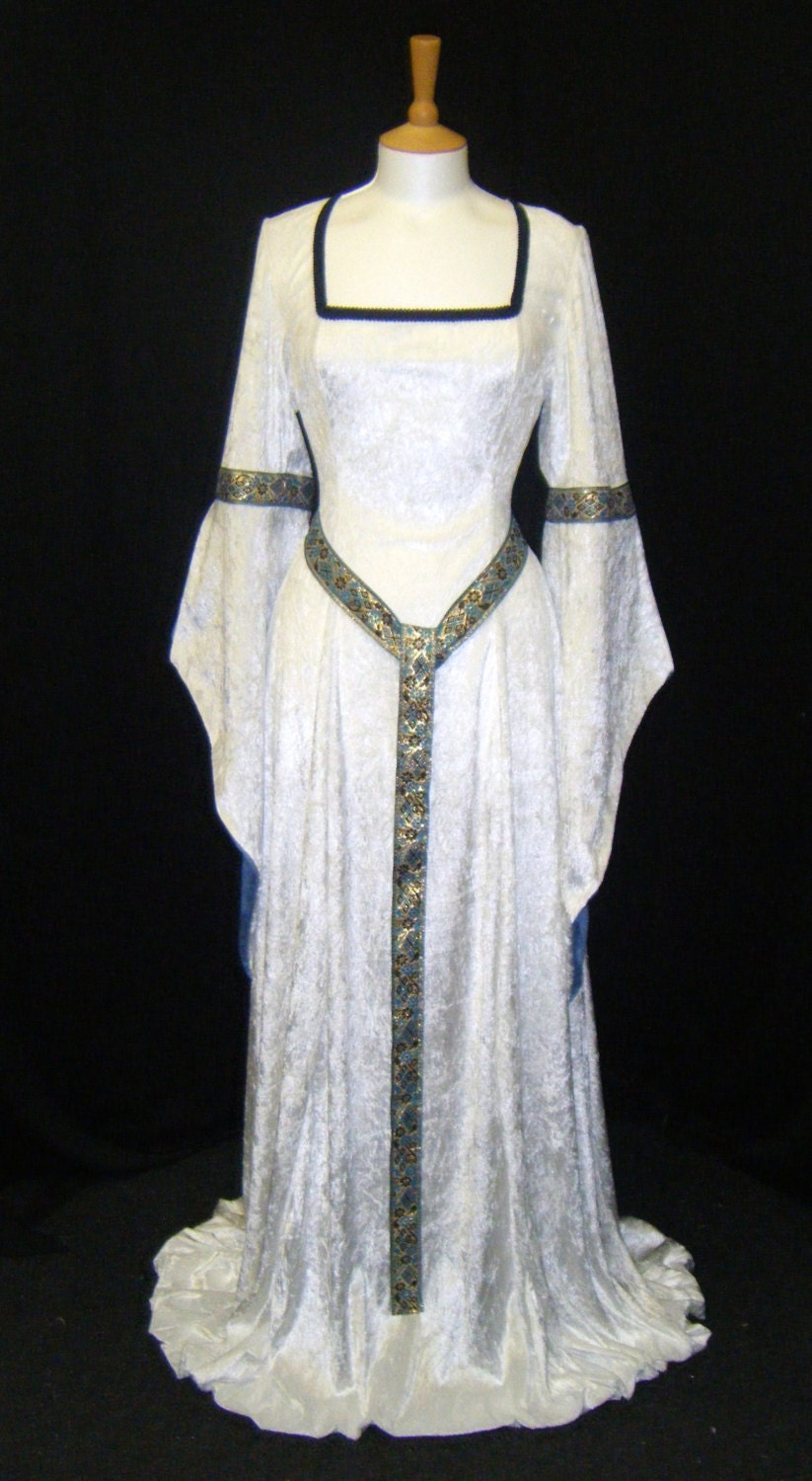 ELVEN DRESS medieval handfasting renaissance by . 6515c487e