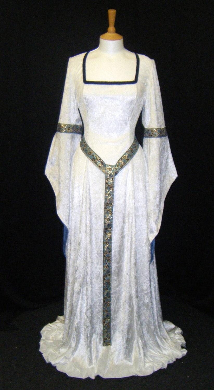 ELVEN DRESS medieval handfasting renaissance by . 6515c487e