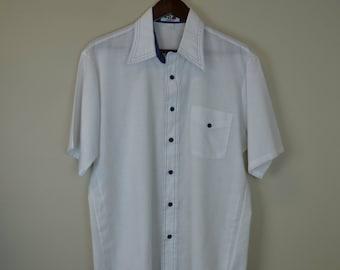 70s Men's Shirt / 1970s White Button Up Shirt / 80s Short Sleeve Shirt / Van Heusen M L