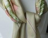 SALE !!!!  Vintage Lila Flowers Beige Silk Shawl - Spring & Summer Women Neckerchief