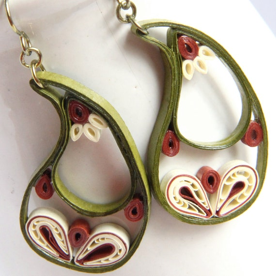 CIJ 30% off Paisley Indian Earrings in Leaf Green, Ivory, and Rust Niobium Eco Friendly Jewelry, Artisan hypoallergenic