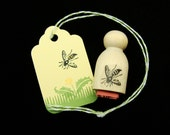 tiny bee  rubber stamp