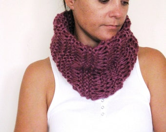 Womens Cowl Scarf Neckwarmer Hand knitted in Mauve