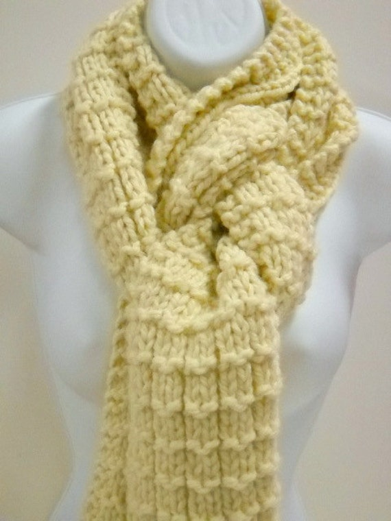 Chunky Hand Knit Scarf, Unisex Scarf, Fashion Scarf, Womens Knit Scarves, Mens Neck Scarf, Beige