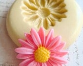 Daisy Blossom - Flexible Silicone Mold - Push Mold, Jewelry Mold, Polymer Clay Mold, Resin Mold, Craft Mold, Food Mold, PMC Mold