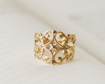 Victorian Style Gold Filigree Ring. High Quality Gold Plated Adjustable Filigree Ring