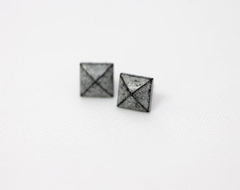 Rock N Roll and Punk Pyramid earrings stud style - Color Dirty White Grey Patina Verdigris