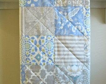 Baby Quilt, Pastel Baby Quilt, Baby Boy Blanket, Grey, Periwinkle Blue Crib Bedding, Ivory, Gender Neutral, Minky, Nursery Bedding - Taza