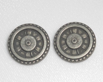Steampunk Buttons - Metal Shank Button - Closed Wheel - Antique Silver - Industrial, Gears, Gadget, Post Apocalyptic - Set of 2 Buttons