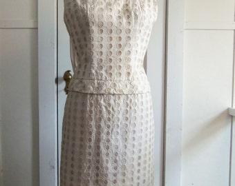 Beige Shift Dress / 1960s / small - medium