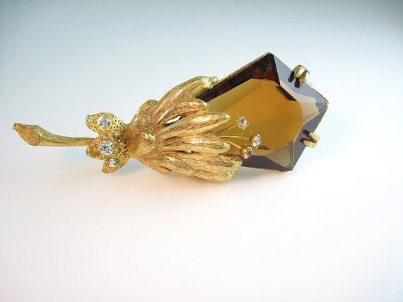 Hattie Carnegie Brooch / Topaz Glass Flower / Trembler Rhinestones / Statement 1960s Vintage High Fashion Jewelry