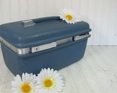 Retro Blue Vinyl Samsonite Train Case with Tray - Vintage Samsonite Travel Carry On Accessories Bag - Classic Saturn Plastic Tote with Tray