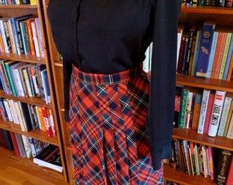MOD CHIC--Adorable 1960s Fully Pleated Wool Tartan Full Length Skirt-M,L