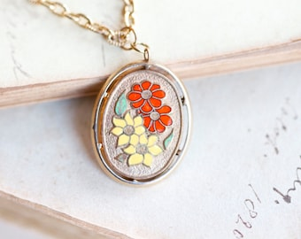 Enamel Flowers Oval Pendant Necklace - Vintage Spring Delight